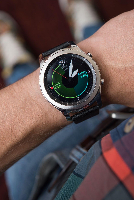 Samsung Gear S3 Frontier Classic Smartwatch Hands On Debut Ablogtowatch Smart Watch Samsung Watches Wearable Gadgets