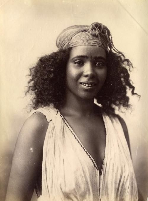 Striking Natural Hair Looks For The 2015 Bride: Algerian Girl, 1870's