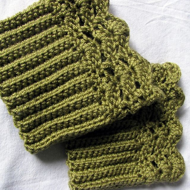 Ravelry: Belmont Boot Toppers pattern by Jenn Wolfe Kaiser | Crochet ...