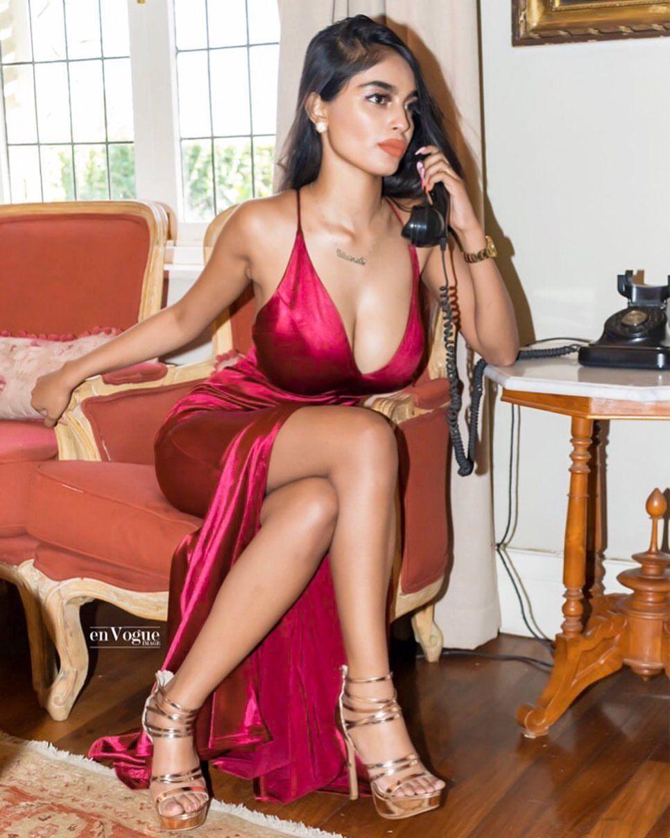 Satin Dreams  Bollywood Actress, Bollywood, Fashion Outfits-1099