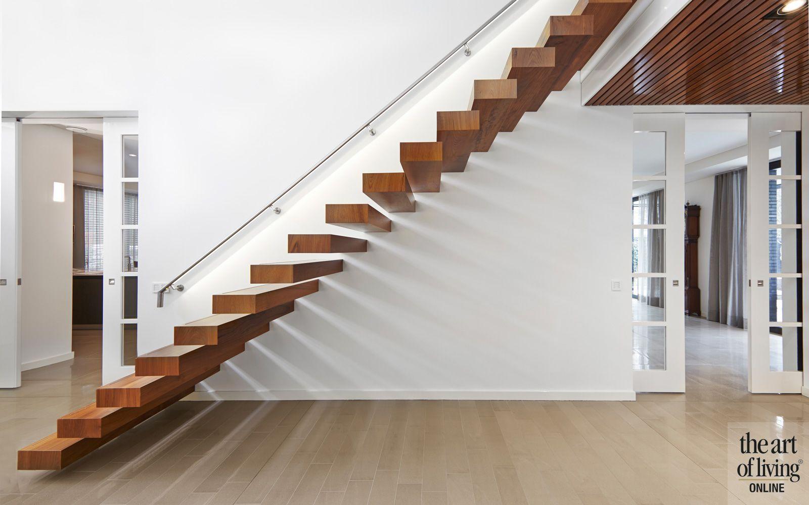 Strak design zwevende trap interieurarchitect marco daverveld