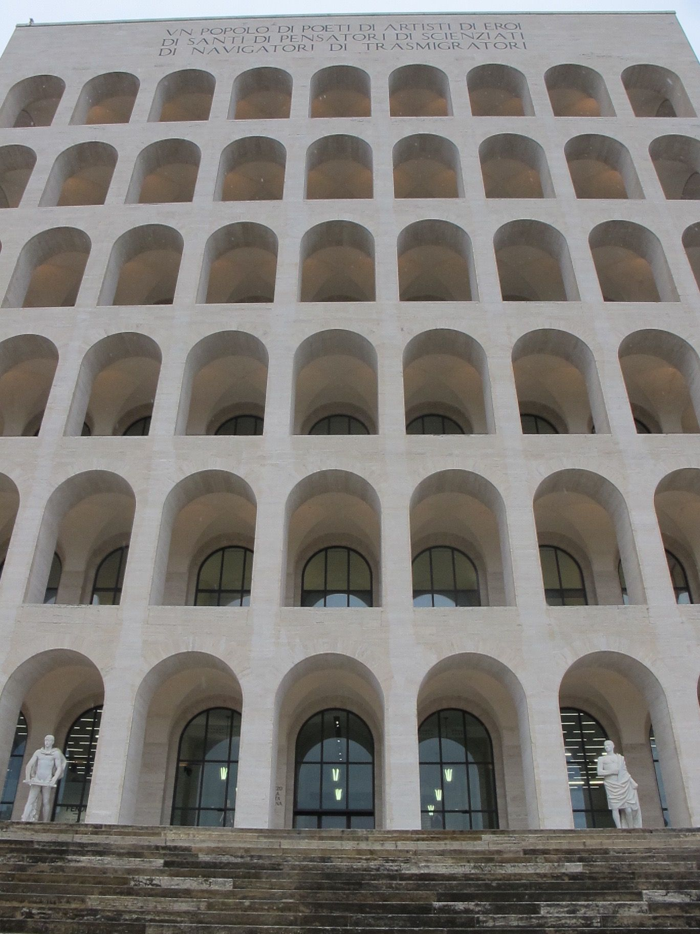The Square Colosseum At Eur Now Home To Fendi Esposizione Universale Citta