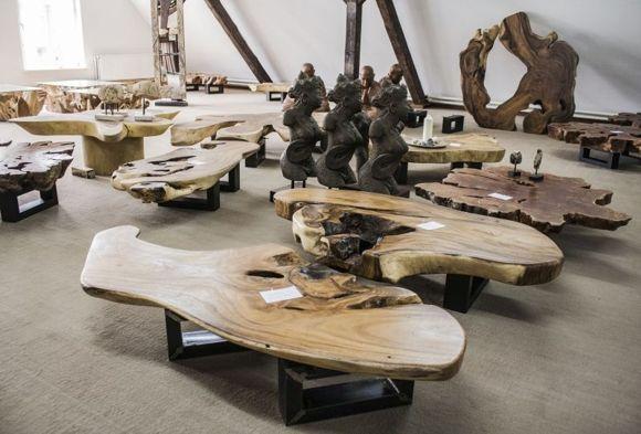 Couchtische Baumstamm Und Baumscheibe Baumscheiben Tisch