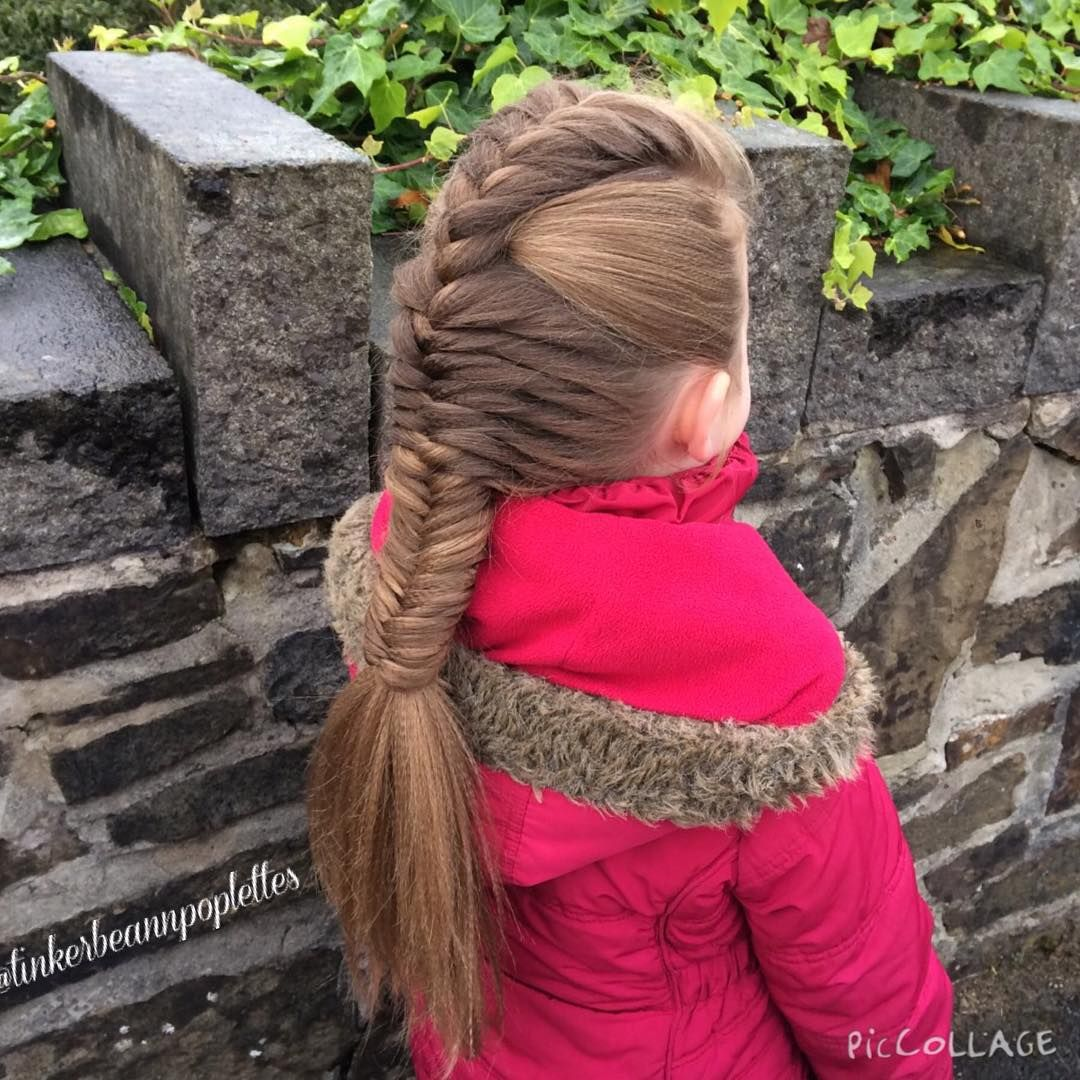"""""""Evening  Day 1, Style 1... Fizzypops with texture in her hair for school this morning  #samvillahair #longhair #hairstyle"""""""