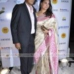 Lara Dutta at L'Officiel's Magic Bus Charity Event - Lara Dutta at L'Officiel's Magic Bus Charity Event, Lara Dutta is Looking lovely in a cream and pink sari. She is here with her hubby for L'Officiel's Magic Bus charity event.    [galle