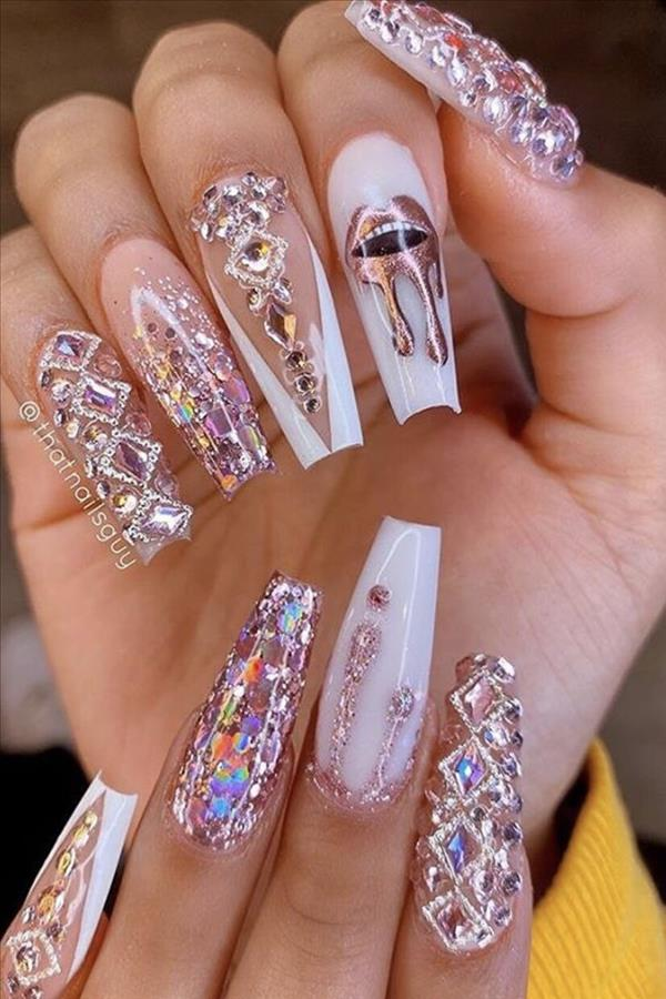 The Elegant Gel Pink Coffin Nails Suitable For Spring And Summer Fashion Girl S Blog In 2020 Bling Acrylic Nails Rihanna Nails Nails Design With Rhinestones