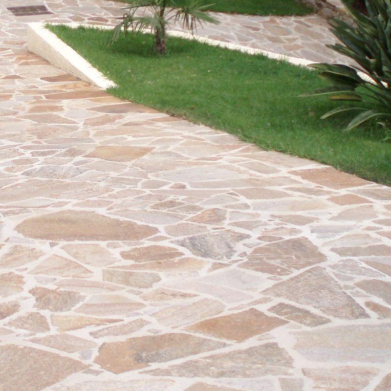 Gneiss Opus Incertum Vente En Ligne De Dallage Sur Deco Granulats In 2020 Outdoor Pavers Garden Stairs Flagstone Patio
