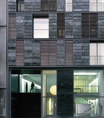 Apartment and office building barcelona by oab ferrater for Carles ferrater