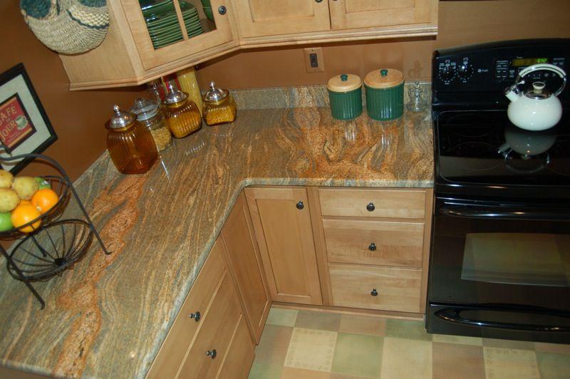 maple cabinets with granite countertop - Google Search ... on Light Maple Kitchen Cabinets With Granite Countertops  id=51773