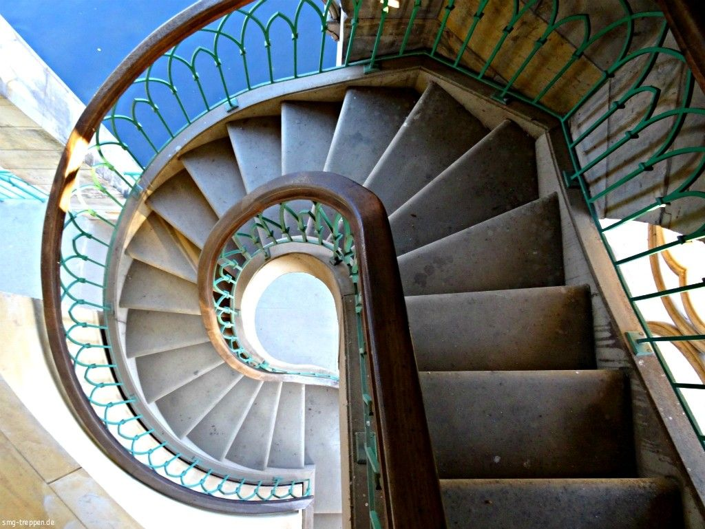 Wendeltreppe Neuer Garten Potsdam Smg Treppen Treppe Wendeltreppe Gewendelte Treppe