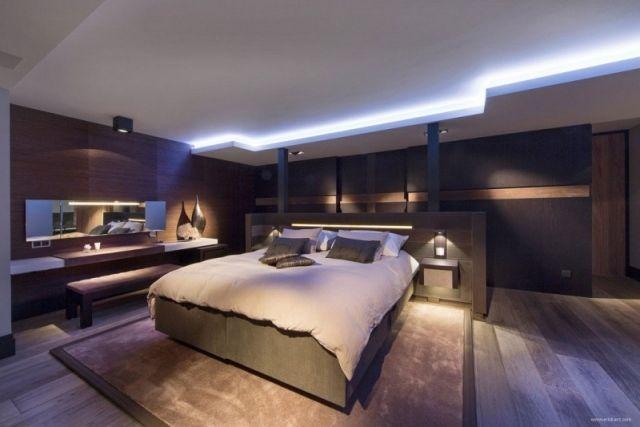 Modernes Schlafzimmer Blaue Led Leuchten Dunkles Holz Schlafzimmer