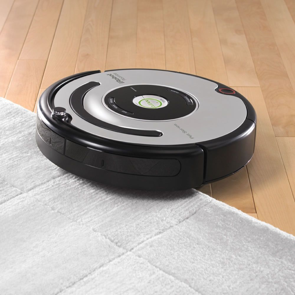 The Pet Owner S Robotic Vacuum Hammacher Schlemmer