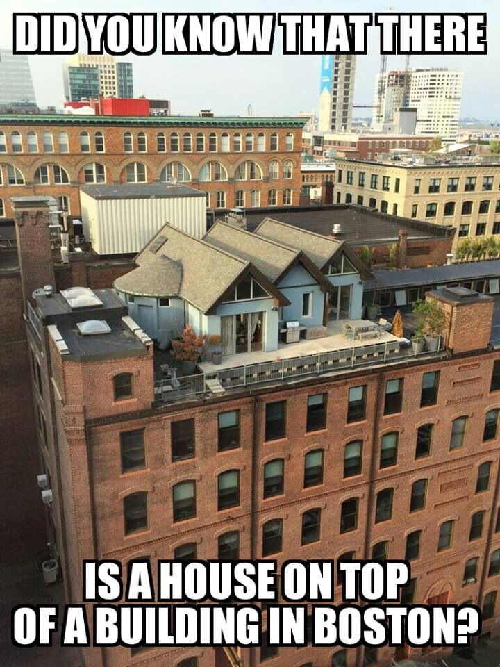 House On Top Of Boston Building At Boston Fort Point, 326 A Street. Apt.  6C. Sale $1.5 Million