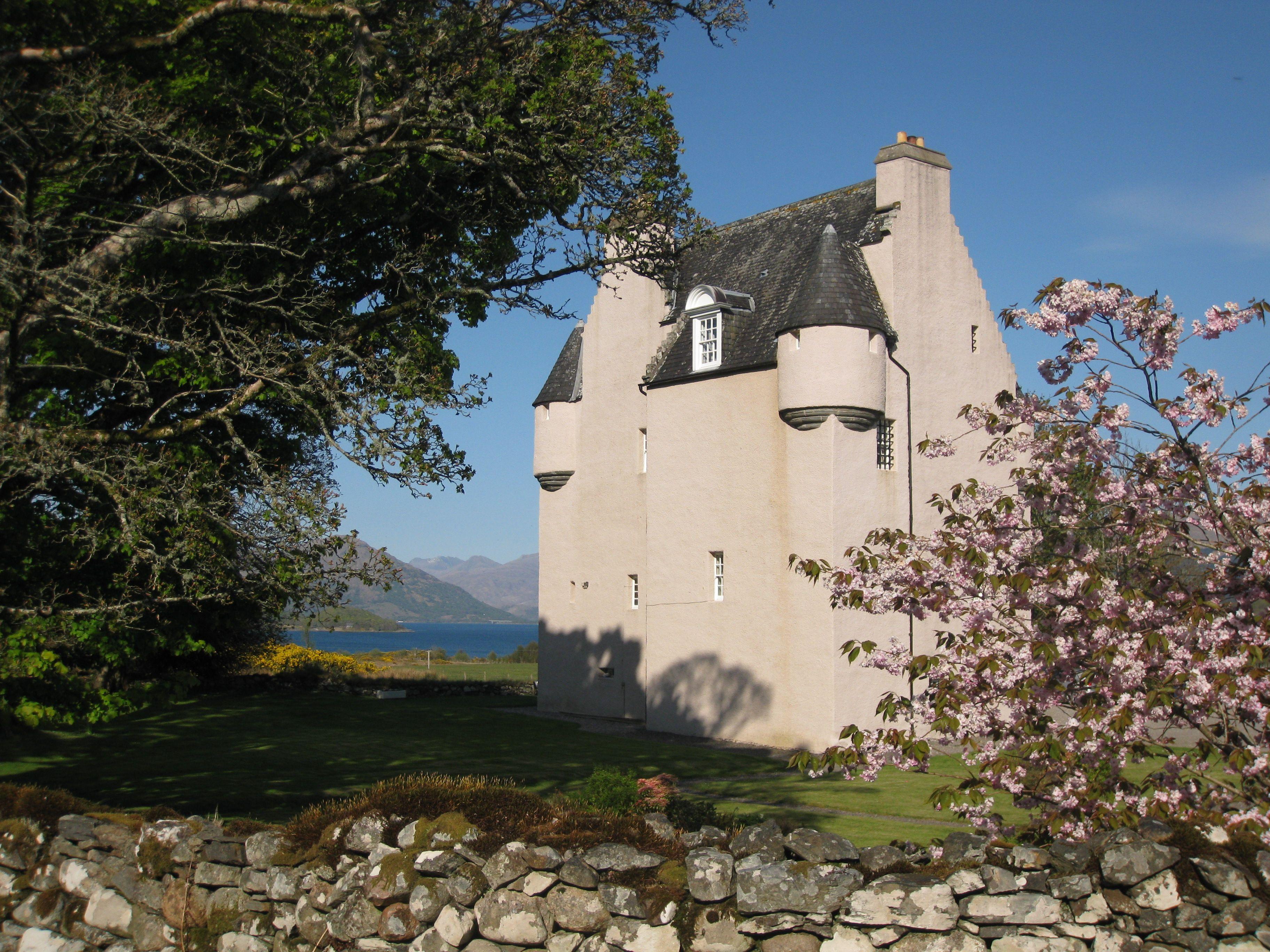Barcaldine castle in de lente