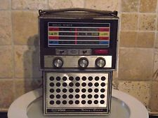 VINTAGE SONIX CONCORDE  BATTERY ELECTRIC  RADIO 1960's POP ART JUKE BOX ROBOT