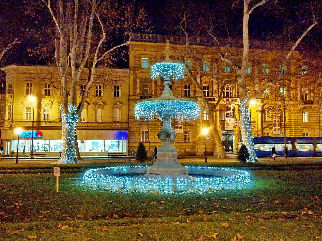 Photo Of Zagreb Zrinjevac Nocu