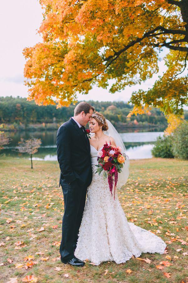 Fall New England Wedding Photo By Nicole Baas Photography Http Ruffledblog Seasonal Autumn In Weddingphotography