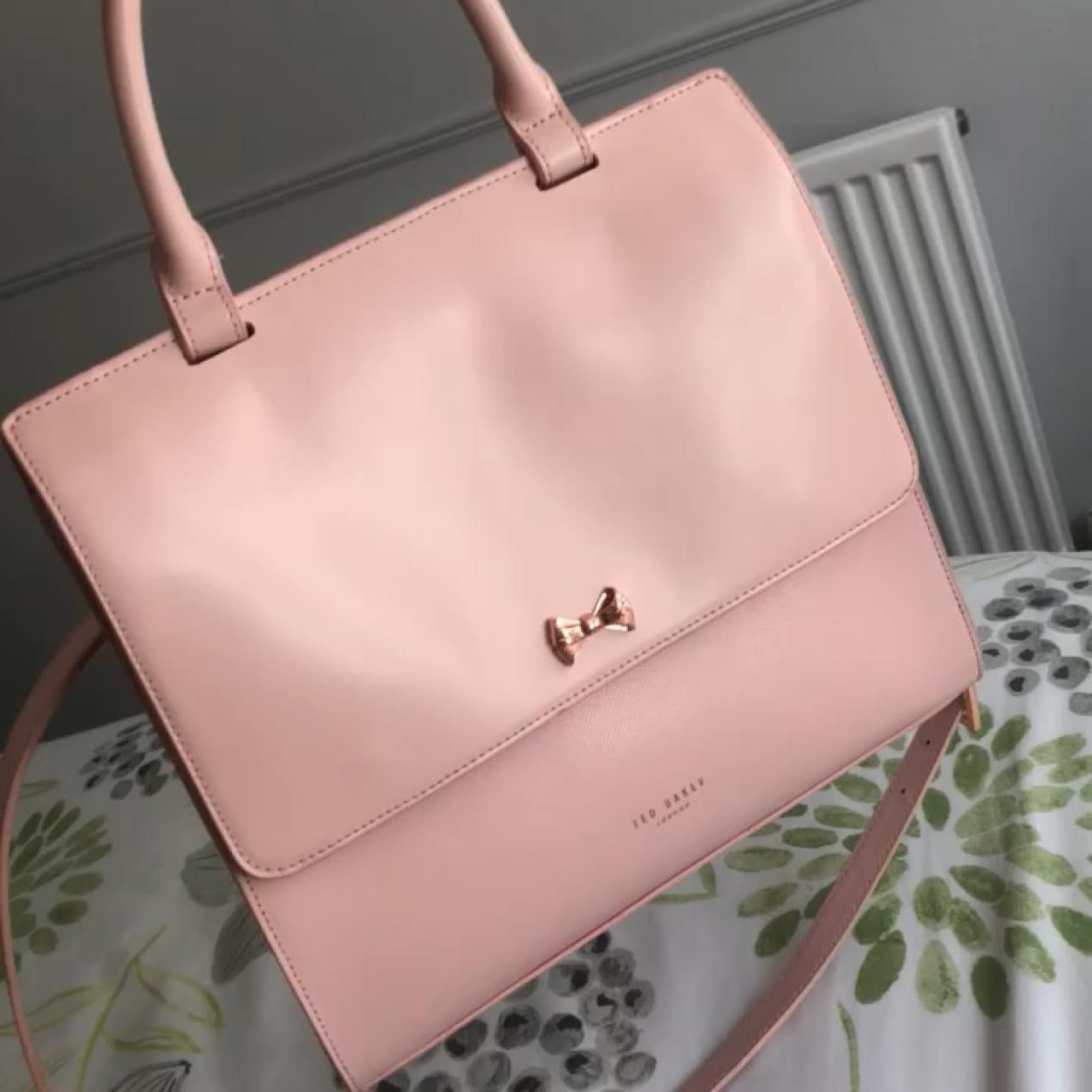 b4c80e330e9c Genuine Pink ted baker handbag Rrp £180Amazing quality bag and has multiple  compartments to fit everything you needComes with detachable longer strap  that ...