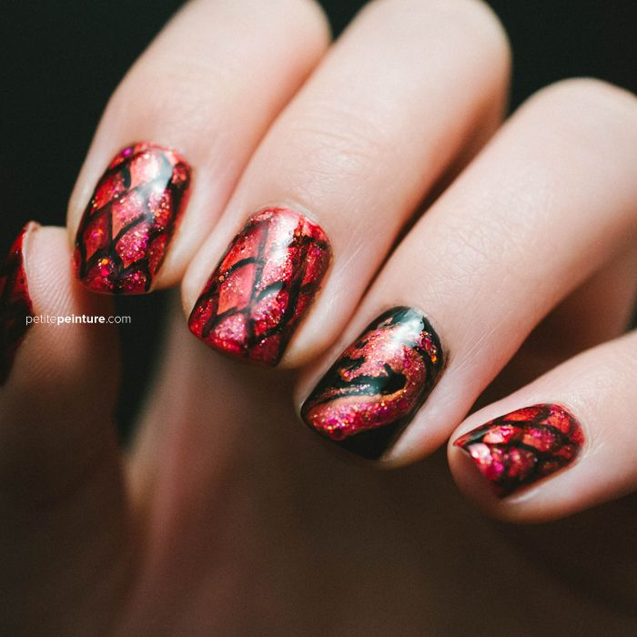 Petite Peinture Game of Thrones House Targaryen Nail Art Dragon - Petite Peinture Game Of Thrones House Targaryen Nail Art Dragon