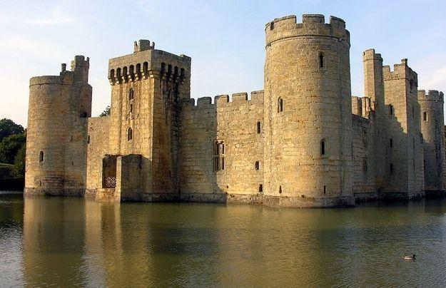O castelo Bodiam em East Sussex, Inglaterra