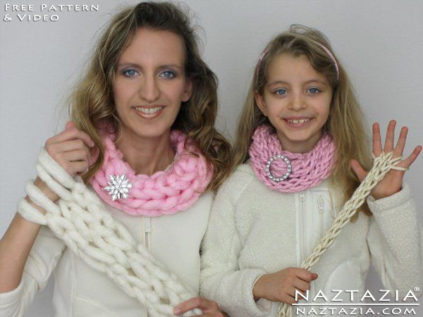 Learn How To Arm Knitting Scarf And Finger Knitting Scarf Easy