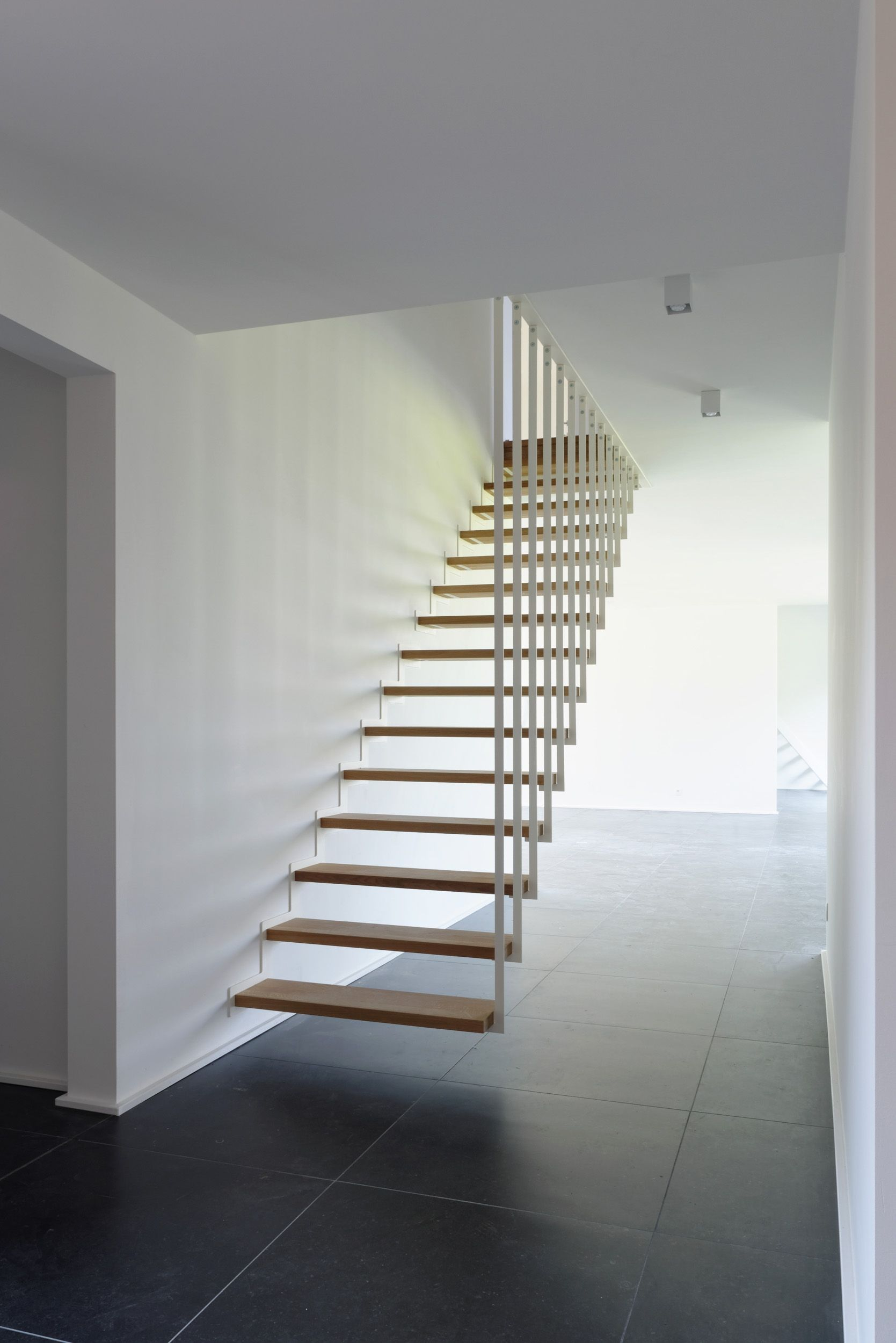 Jo A Up Suspended Staircase The Floating Stair In Its