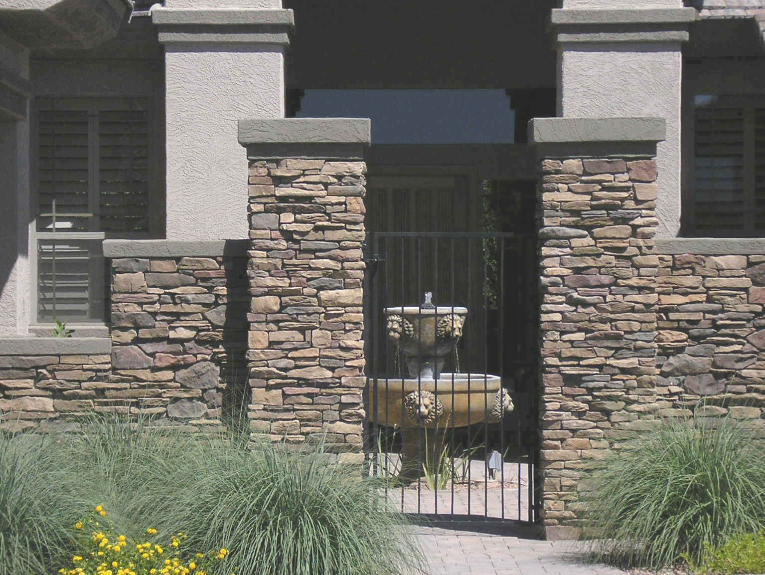 Compund walls and gate pinterest google gate design and gates - Futuristic Front Door Simple Front Gate Idea
