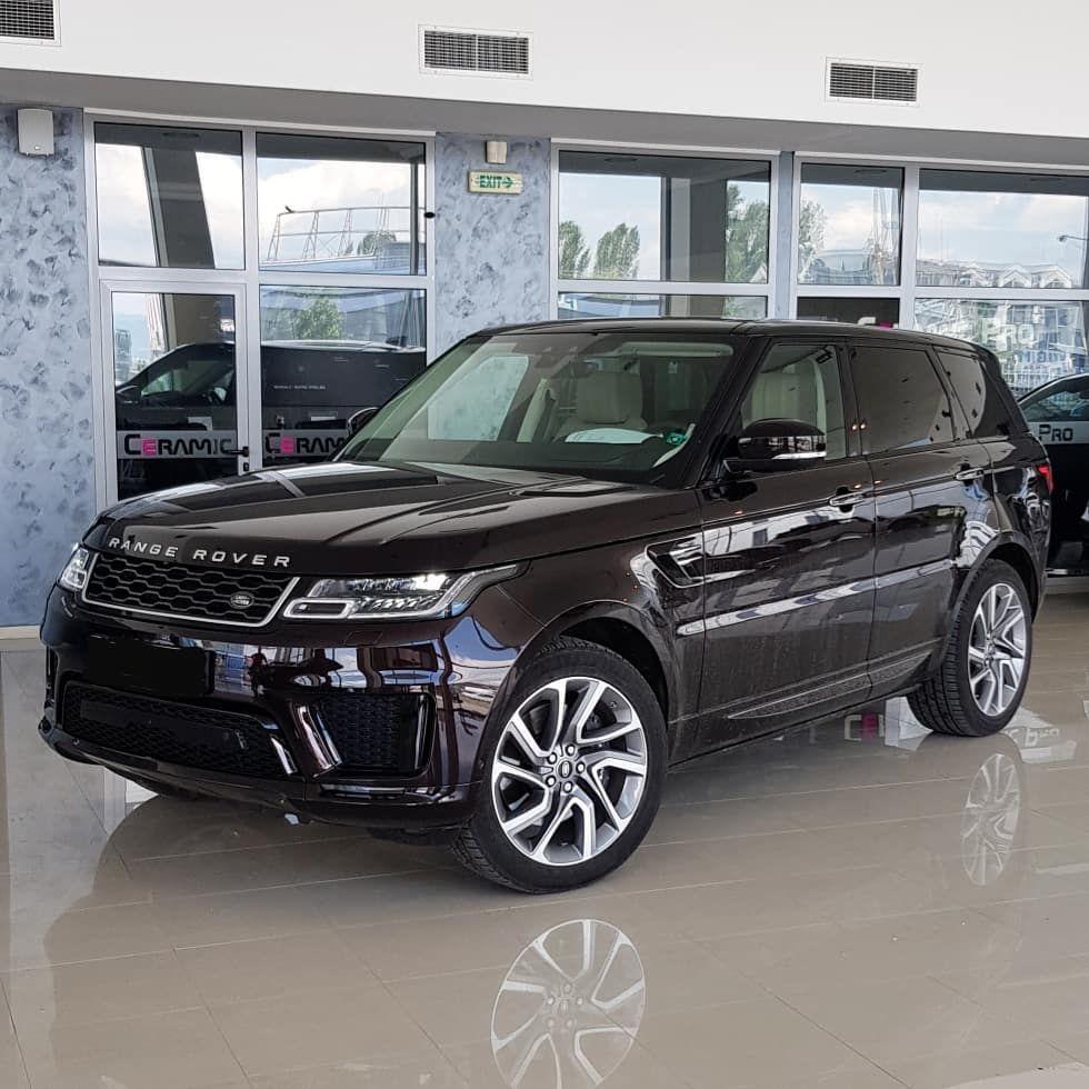 2 чисто нови автомобила Range Rover Sport и Mercedes GLC