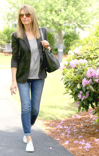 Fighting Frumpy The Midlife Fashionista 40 Year Old Womens Fashion Fashion For Women Over 40 Casual Outfits For Moms