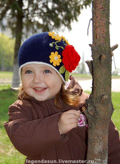 Uncinetto d'oro: Cappellino con fiori!