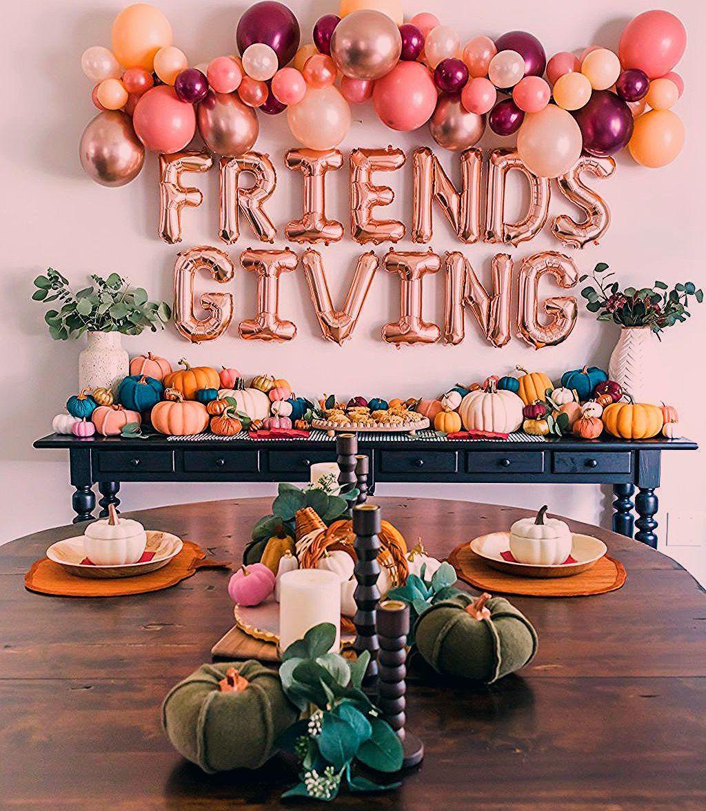 Friendsgiving Party Decor