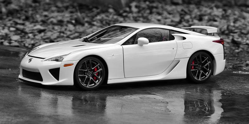 Lexus Lfa De Larry Ellison El Que Es Ceo De Oracle Este Cuesta Unos 375 Mil Dolares Lexus Lfa Lexus Cars Lexus