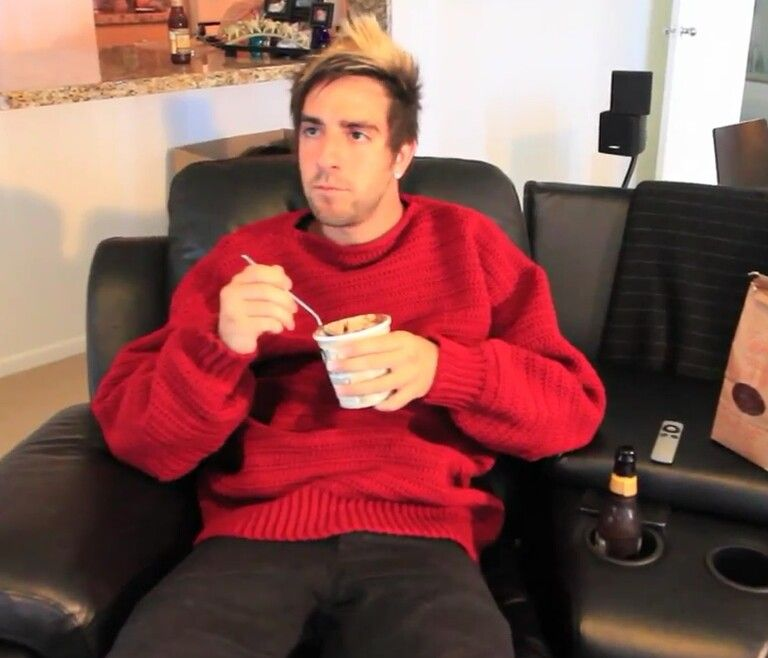 ITS JACK. AND A SWEATER. I CAN NOT HANDLE THIS.