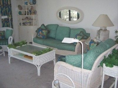 cozy, cool, comfy,...complete w/Beach Views too!