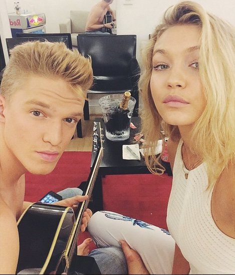 The Way They Were Gigi Hadid And Cody Simpson S Cutest Moments Gigi Hadid Cody Simpson Celebrity Couples
