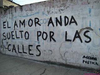 Hoy Toca Ser Feliz El Amor Puede Estar Escondido En Cualquier Parte Street Quotes Romance Quotes Spanish Quotes