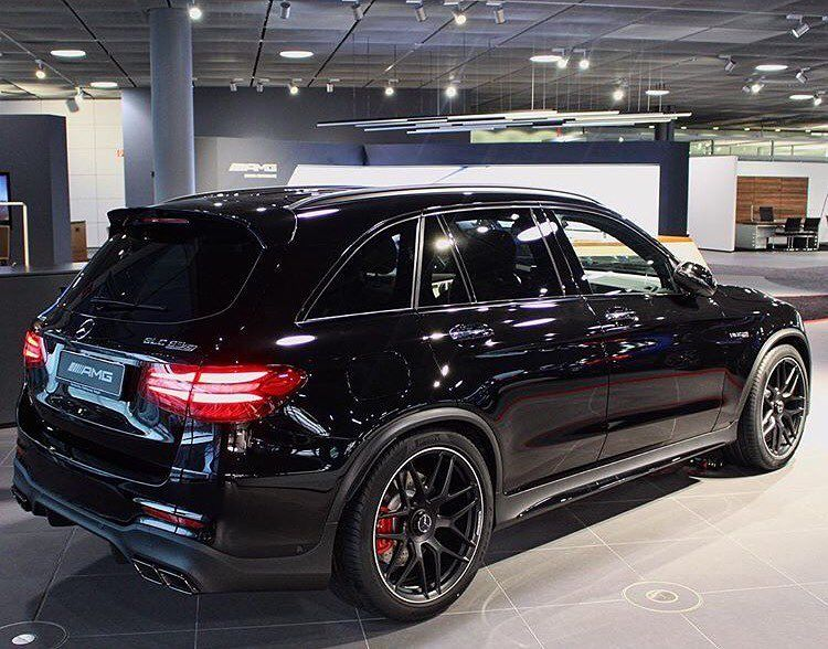 Idea By Desy On Mercedes Suv Black Mercedes Benz Mercedes Suv