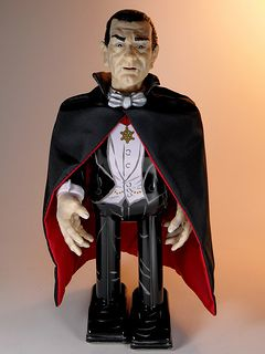 Mike Company (Formally known as Robot House) – Tin Wind Up – Universal Monsters Series – Dracula – Front
