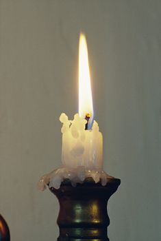 Follow These Instructions To Remove Candle Wax From Fabric