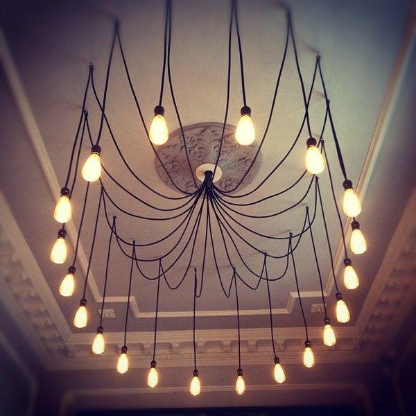 viele gl hbirnen an kabeln es gibt auch coole kabel mit textil umflochten lamps pinterest. Black Bedroom Furniture Sets. Home Design Ideas