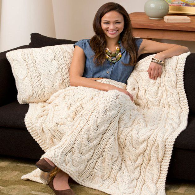 6 cozy, chunky knit home decor items you can DIY | Frazada y Colchas
