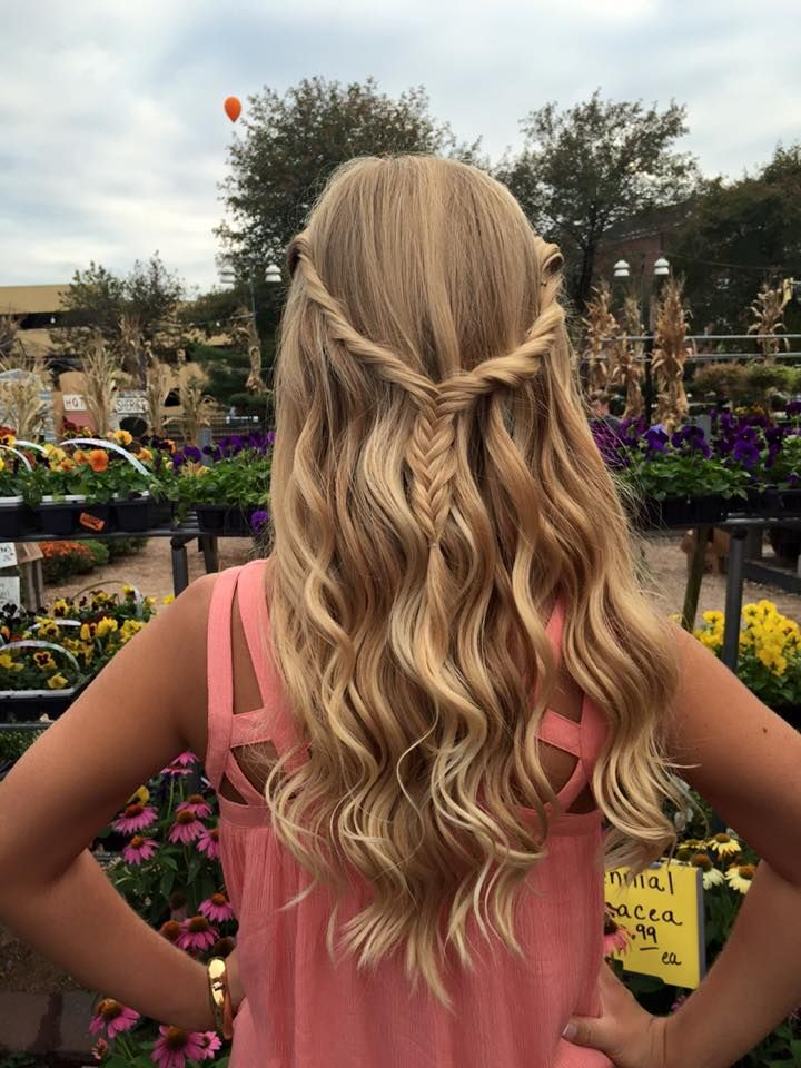 Cute and Simple Homecoming Hair | Homecoming hairstyles