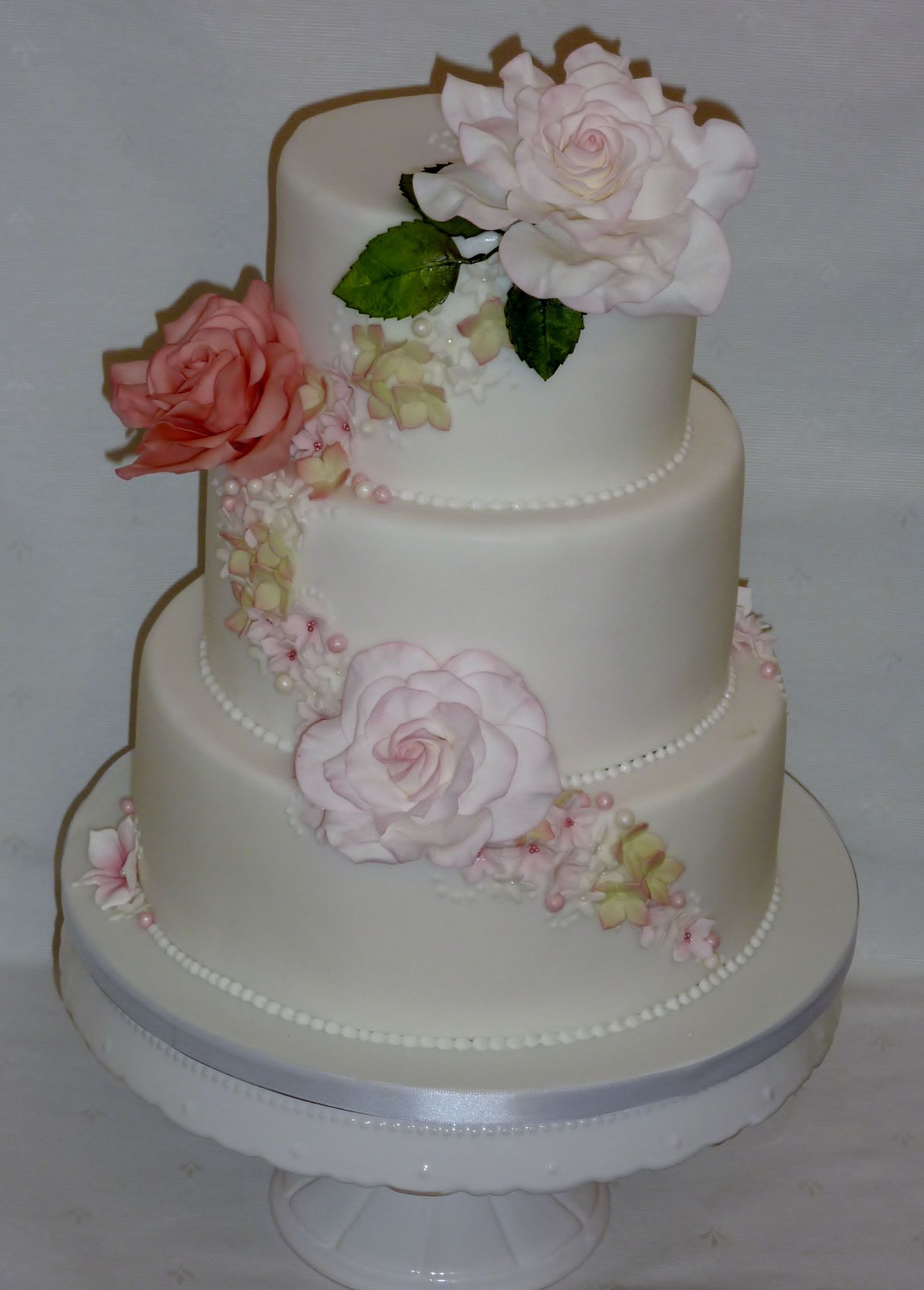 Wedding Cake by Cup Cake Pop