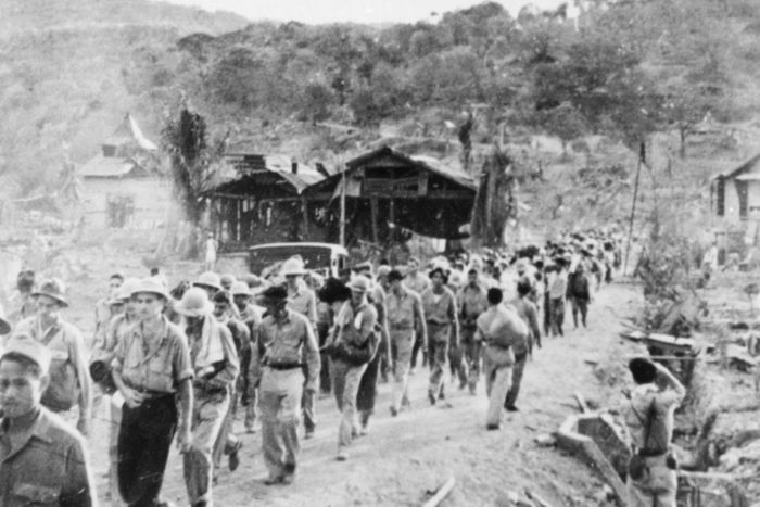 Prisoners of war in the Japanese Bataan Death March in 1942
