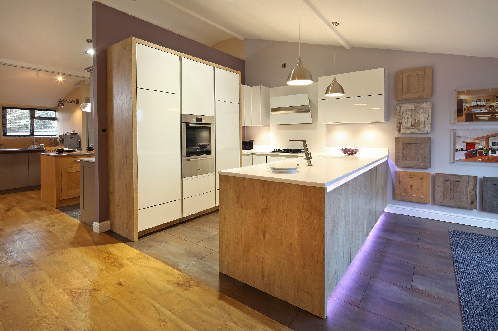 ex display kitchen rotpunkt kitchen display dia gloss door urban wild oak pinterest. Black Bedroom Furniture Sets. Home Design Ideas