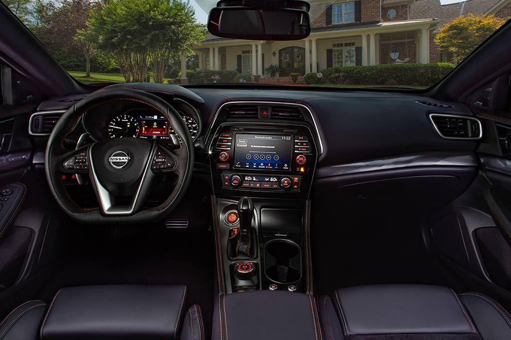 2020 Nissan Altima Vs 2020 Nissan Maxima What S The Difference Nissan Maxima Nissan Nissan Altima