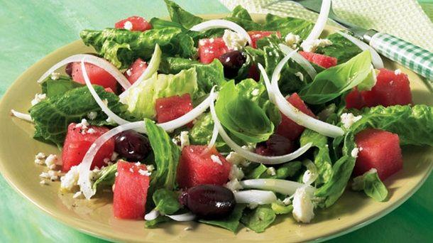 Salade de melon d'eau | Recettes IGA | Fruits, Fromage, Recette rapide