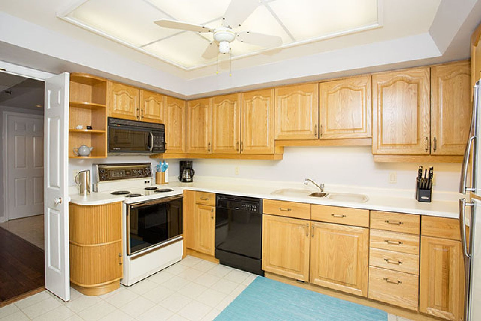 Enjoy a perfectly relaxing stay when you book this exquisite two bedroom suite in the quiet Summer Gardens. #Halifax #CorporateHousing #Accommodation #LuxuryApartment
