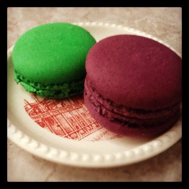 Pistacho y violeta, ñam #macarons