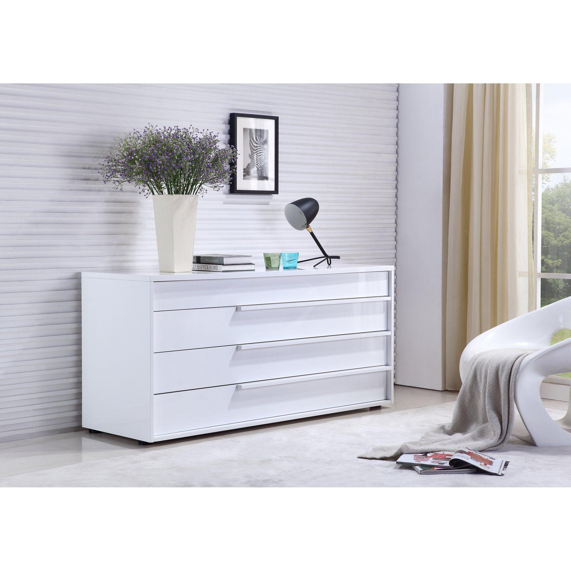 Dolce Dresser White lacquer dresser, White lacquer